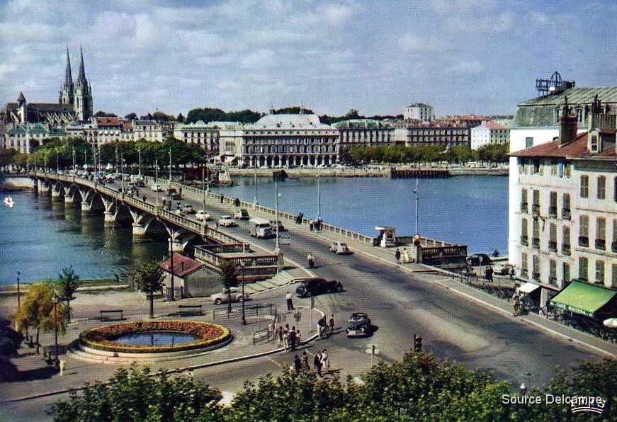 Cartes postales traction 64 bayonne entree du pont saint esprit ii - Office du tourisme pont saint esprit ...
